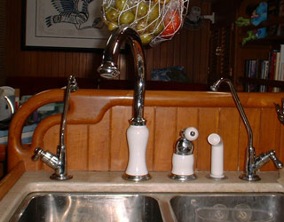faucets01